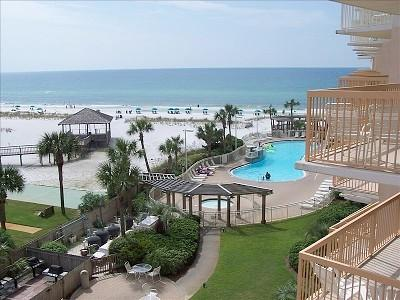 pelican resort destin fl
