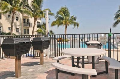Gas BBQ grills poolfront