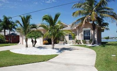 cape coral waterfront rental home