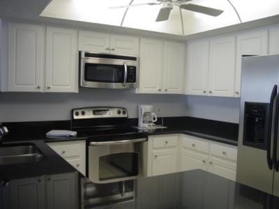 kitchen in seagate condo 506